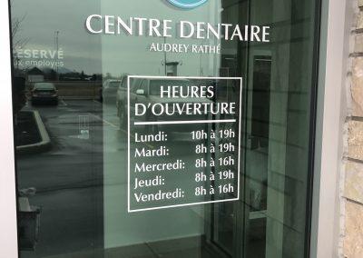Vinyle sur vitrine – Centre Dentaire Audrey Rathée